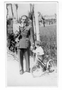 Rieti maggio 1942 con Gianni e PaoloFronte